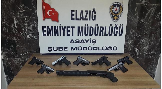 Elazığ'da asayiş ve şok uygulamalarla yakalanan 38 şüpheli tutuklandı