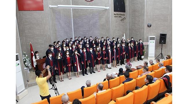 FÜ Diş Hekimliği Fakültesi ikinci yılında 64 mezun verdi